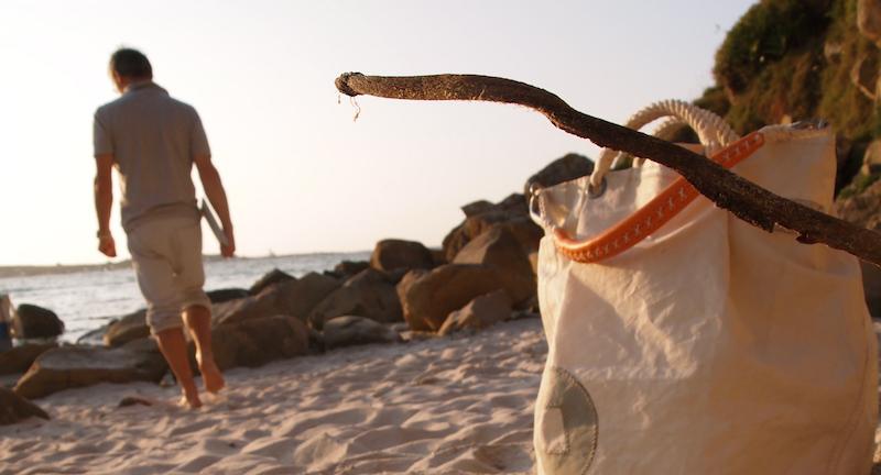 sac en voile pour la plage et le bateau